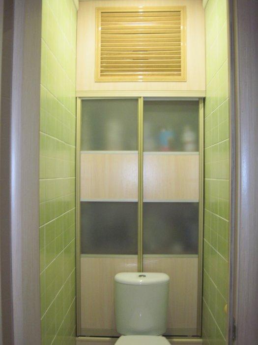 Шкаф в туалете