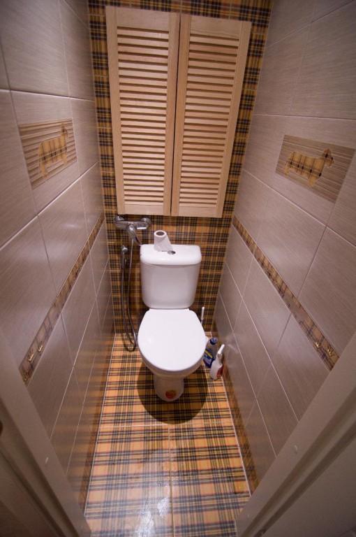 Полка в туалете своими руками фото